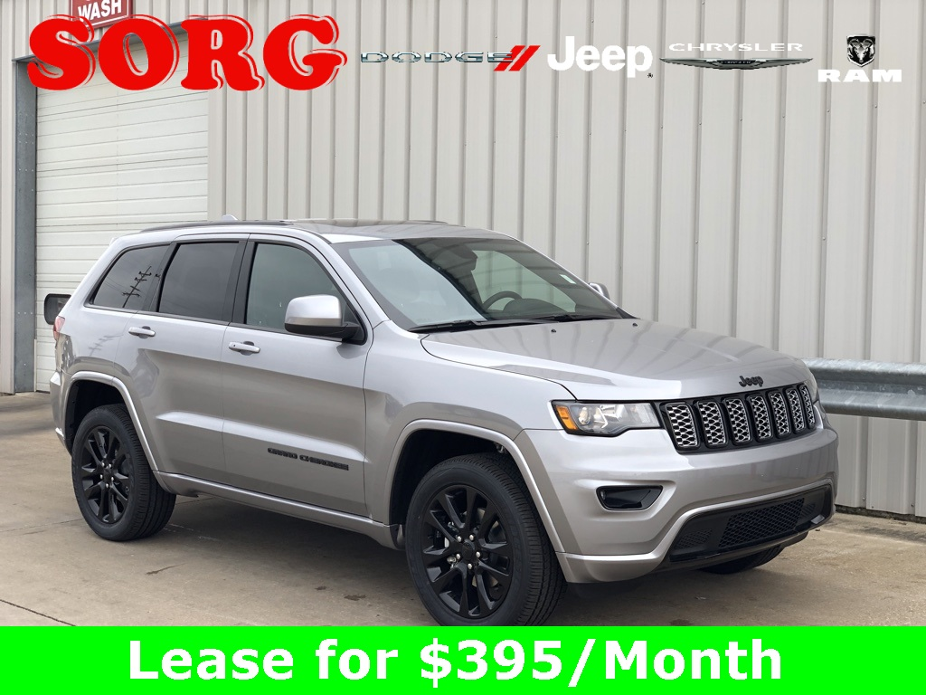 New Silver Silver 2019 JEEP Grand Cherokee Altitude Sport Utility 1C4RJFAG8KC565262 K5125 3.6L V6 24V VVT 8-Speed Automatic SUVs AWD; Hands-Free Liftgate; Heated Seats; Navigation System; Remote Start; Satellite Radio Ready; Sunroof / Moonroof